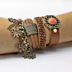 Kit de pulseiras Boho em ouro velho- COISAS DE MULHER BIJOUX - http://www.elo7.com.br/coisasdemulherbijoux