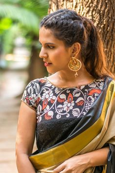Buy Designer Blouses online, Custom Design Blouses, Ready Made Blouses, Saree Blouse patterns at our online shop House of Blouse from India. Kalamkari Blouse Designs, Choli Blouse Design, Kalamkari Saree, Sari Blouse, Saree Blouse Designs, Blouse Styles, Kalamkari Blouses, Blouse Patterns, Designer Blouses Online
