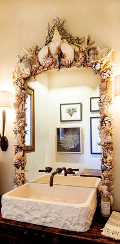 Sooo beautifulI am definitely doing this for our bathroom mirror