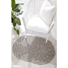 Free Easy Rug Crochet Pattern | Bernat | Yarnspirations | Bernat Maker | Free Pattern