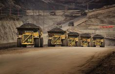 Caterpillar trucks working in the oil sands in Alberta. (Caterpillar Inc. Caterpillar Inc, Caterpillar Equipment, Heavy Construction Equipment, Heavy Equipment, Construction Machines, Dump Trucks, Big Trucks, Mustang, Sand Projects