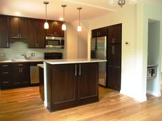 DELONG HOME IMPROVEMENT ::: Kitchens, Basements, Bathrooms, Whole House Remodeling | Serving Northern Virginia | Just Call Bob!