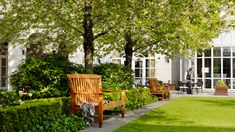Inner courtyard garden - perfect for relaxing in the summer evenings