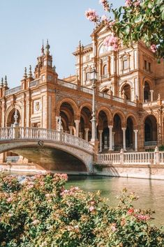 11 besten Aktivitäten in Sevilla, Spanien 11 Best Activities in Seville, Spain – – 11 Best Things To Do In Sevi Oh The Places You'll Go, Places To Travel, Travel Destinations, Places To Visit, Holiday Destinations, Places In Spain, Beautiful Places To Live, Beautiful Beautiful, Vacation Places