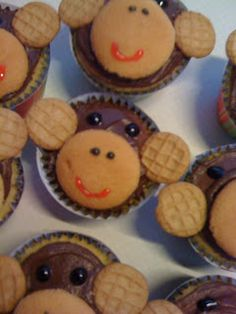 Louise & Company!: Monkey Mania- Little boy's first birthday party!