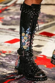 Detalles Alta Costura: Alexander McQueen primavera-verano 2017