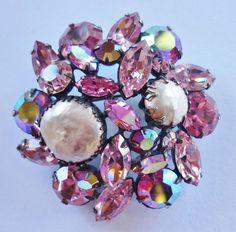 Pin Signed Regency Pink Rhinestone Pearl Vintage