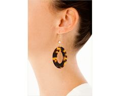 http://www.johannasimonds.com/collections/earrings/products/flat-wide-oval-earrings-tokyo-by-bellissima