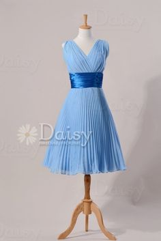 Search vintage bridesmaid dress on Etsy. Yiss.