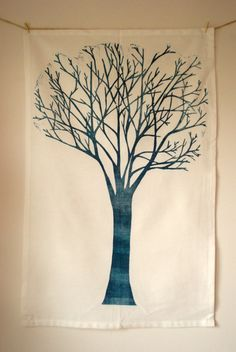 useful tree outline Family Tree Mural, Tree Outline, Tree Paintings, Mural Ideas, Projects For Kids, Trees, Flowers, How To Make, Christmas