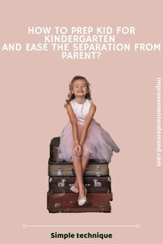 Learn how to prepare a child for kindergarten to ease a separation from parents. Empowering Parents, Learning Cards, Separation Anxiety, Beautiful Family, Parenting Hacks, Family Photography, Kids Outfits, Kindergarten, Group