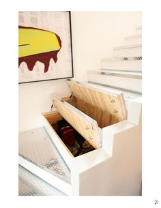 Under stairs storage ideas (for stairs going to the laundry room) Staircase Storage, Stair Storage, Diy Storage, Storage Ideas, Hidden Storage, Small Space Interior Design, Interior Design Living Room, Hidden Spaces, Small Spaces