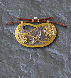 Doezignz | Unique handmade paper, mixed media collage jewelry