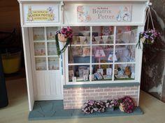 Boutique Beatrix Potter miniature 1/12ème.  Les miniatures de Mathilde