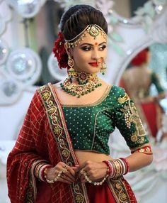 """Photo from Jasmine Beauty Care """"Portfolio"""" album Bridal Hairstyle Indian Wedding, Indian Bridal Photos, Indian Wedding Makeup, Bridal Hair Buns, Indian Bridal Hairstyles, Indian Bridal Outfits, Indian Bridal Fashion, Indian Makeup, Arabic Makeup"""