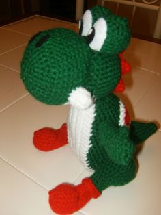 Here is a free amigurumi Yoshi pattern I made.I was inspired to make this after making an amigurumi super mario for my brother.This amigurmi Yoshi took me a few days to complete, mainly because I w…