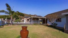 Panorama Enclosed Property, 5Bed / 4Bath , Double Carport+Garagege+DrivewaysPERFECT, MODERN & OFFERS DUAL LIVING / EXTRA INCOMET...206464531