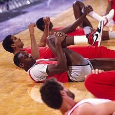 """Official """"When did MJ wear those?"""" post and FAQs! - Page 26 Bulls Basketball, Love And Basketball, Basketball Players, Chicago Bulls, Michael Jordan Pictures, Jordan Photos, Michael Jordan Basketball, Jordan 23, Dominique Wilkins"""
