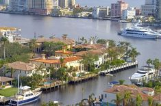 Get Fort Lauderdale vacation ideas beyond Spring Break, including details on Lauderdale-by-the-Sea, snorkeling, and Las Olas Boulevard. Fort Lauderdale, Beautiful Places To Visit, Great Places, Places To Travel, Places To Go, Flood Zone, Canada, South Florida, Florida Living