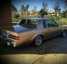 Clean regal Retro Cars, Vintage Cars, My Dream Car, Dream Cars, Whittier Blvd, Car Paint Colors, Lo Rider, Donk Cars, Impalas