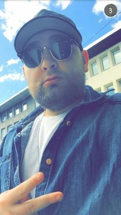 Cengiz ApeCrime Snapchat Snapchat, Ray Bans, Mens Sunglasses, Guys, Style, Fashion, Swag, Moda, Fashion Styles