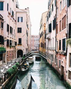 Monday morning travel inspo via @jasminedowling. What's on your travel wishlist?