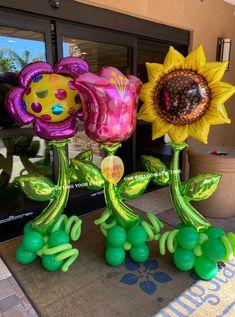 Balloon Columns, Balloon Arch, The Balloon, Balloon Flowers, Balloon Bouquet, Halloween Activities, Halloween Party, Halloween Ideas, Balloon Decorations
