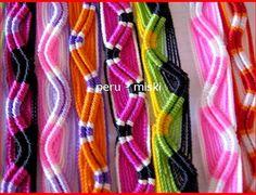 Def gotta try this Macrame Art, Macrame Bracelets, Band, Craft Fairs, Friendship Bracelets, Jewerly, Waves, Keychain Ideas, How To Make