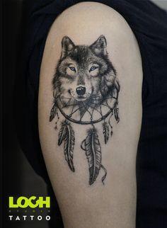 Wilk z łapaczem:) Zapraszam do zapisów:) tel. 508 273 224 lub e-mail.studio@lochtattoo.com #tatuaż #lochstudiotatuażu #studio_tatuażu_warszawa #mokotów #loch_tattoo #salon_tatuażu #tatuażartystyczny #wilk #wilkzłapaczemsnów #piekałkiewicza4 #studiotatuażu #lochtattoo #@lochtattoo Family Tattoos For Men, Animal Tattoos For Women, Wolf Tattoos Men, Black Tattoos, Tattoos For Guys, Owl Tattoos, Fish Tattoos, Wolf Tattoo Forearm, Wolf And Moon Tattoo