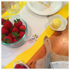 #TableSettingIsMyLife: Tour de France 2014 French brunch, cycling table runner, bicycle themed party