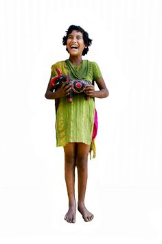 Lima is 12 en woont in Bangladesh. Voor haar en vele anderen voeren we campagne. Doe mee en win een week voor je kind op http://www.deweekvanhetkind.nl !