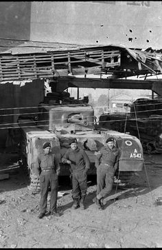 "IV Churchill VII squadron ""C"" battalion of the Royal tank regiment during the battles on the Han river in Churchill, Han River, Ww2 Pictures, Armored Fighting Vehicle, Ww2 Tanks, Military Equipment, Korean War, Armored Vehicles, War Machine"