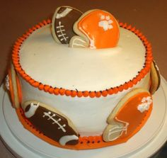 Clemson buttercream with sugar cookies :)