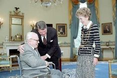 JAMES CAGNEY receives the Medal of Freedom in 1984 from President Ronald Reagan and First Lady Nancy Reagan.