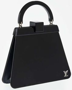 One of the few louis vuitton bags I've ever seen that isn't completely hideous.