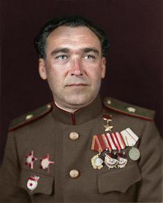 Matvey Shaposhnikov - Soviet military commander, Hero of the Soviet Union, 1945  www.themoscowtimes.com/news/article/tmt/350755.html Матвей Кузьмич Шапошников — советский военачальник, генерал-лейтенант, Герой Советского Союза (1944)