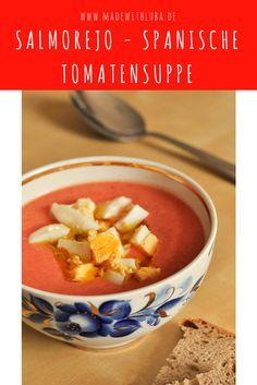 Tomatensuppe war gestern. Die spanische kalte Suppe Salmorejo ist ideale bei heißen Sommertagen. Und das Bester daran? Der Knoblauch!!