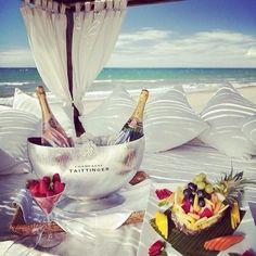 Summer perfection | interior design, luxury lifestyle, home decor. More news at http://www.bocadolobo.com/en/news/