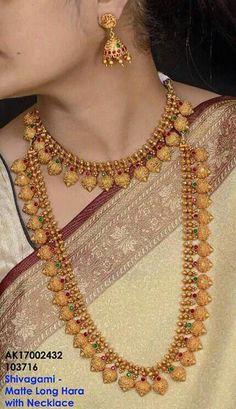 Damas Jewellery Exchange Policy in Jewellery Online Training Indian Wedding Jewelry, Indian Jewelry, Bridal Jewelry, Kerala Jewellery, Bridal Necklace, Gold Jewellery Design, Gold Jewelry, Gold Necklaces, Diamond Jewellery