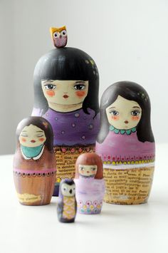 """Matrioshka!  These charming wooden """"nesting dolls"""" were created by Munieca. She uses acrylics and vintage paper. <3"""