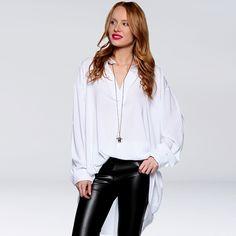 Pomysł na białą koszulę? Nam się podoba! Zobacz też tutaj: https://www.saltandpepper.pl/lookbooks/biala-koszula/