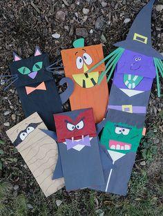 Halloween paper bag puppet craft tutorial.