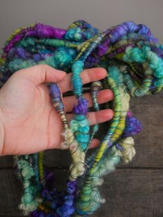 Yarn Inspiration, Spinning Yarn, Yarn Stash, Craft Free, Chunky Yarn, Fabric Jewelry, Textiles, Loom Knitting, Wool Yarn