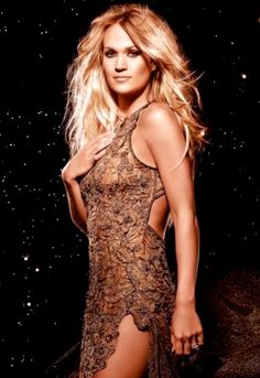 Carrie Underwood has a song titled before he cheats which I think is very fitting for Juno. Carrie Underwood Hot, Carrie Underwood Pictures, Carie Underwood, Country Female Singers, Country Music Singers, All American Girl, American Idol, Le Jolie, Hot Blondes