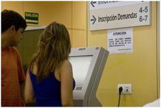 6.500 castellanos y leoneses encontraron trabajo y el desempleo afectó a 3.100 trabajadores menos en el tercer trimestre de 2013 http://www.revcyl.com/www/index.php/economia/item/1761-castilla-y-le%C3%B3n-presenta-unos-datos-esperanzadores-en-materia-de-empleo-al-finalizar-el-segundo-trimestre-de-2013