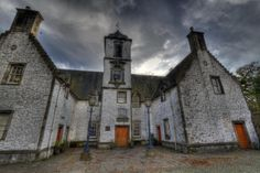 Castle Ghosts? Hotel Spirits? Creepy Vaults? It's Time to Explore #Haunted #Scotland! http://www.triptop.co/blog/castle-ghosts-hotel-spirits-creepy-vaults-it-s-time-to-explore-haunted-scotland