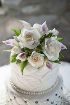 Wedding Cake at Castle Farms by Sugar Delites from Manistee, Michigan #WeddingCake #NorthernMichigan #Wedding #CastleFarms
