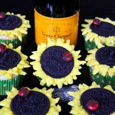 adorable little Sunflower Cupcakes