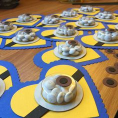 Minions as far as the eye can see? Have you ordered yours yet? Just sold 42 in last 12 hours. #minions #kidvalentines #cardsbylela #etsy