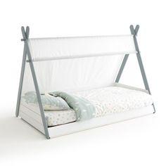 Originalité affirmée pour ce lit enfant SIFFROY avec son aspect tipi, pour laisser place à l'imaginaire au moment du coucher.